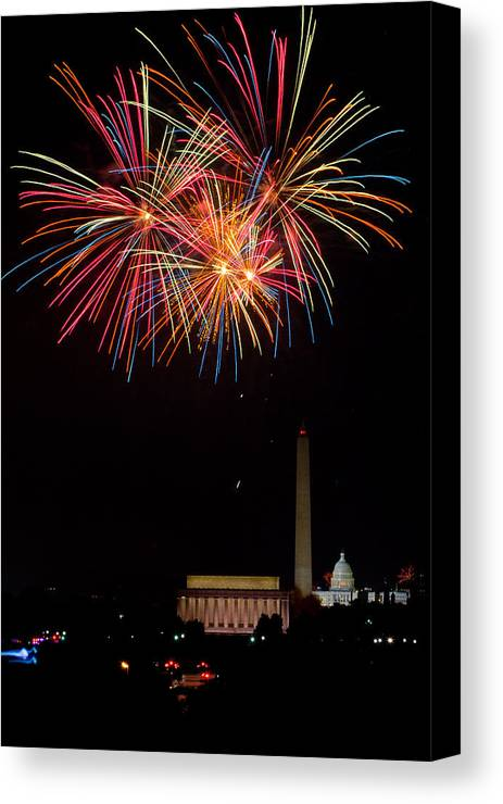 4th Of July Canvas Print featuring the photograph Colors In The Night by David Hahn