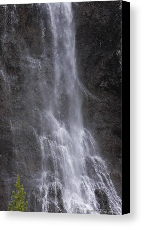 Farie Falls Canvas Print featuring the photograph Farie Falls by Charles Warren
