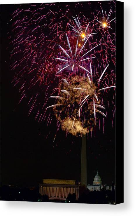 4th Of July Canvas Print featuring the photograph Independence Day In Dc 4 by David Hahn