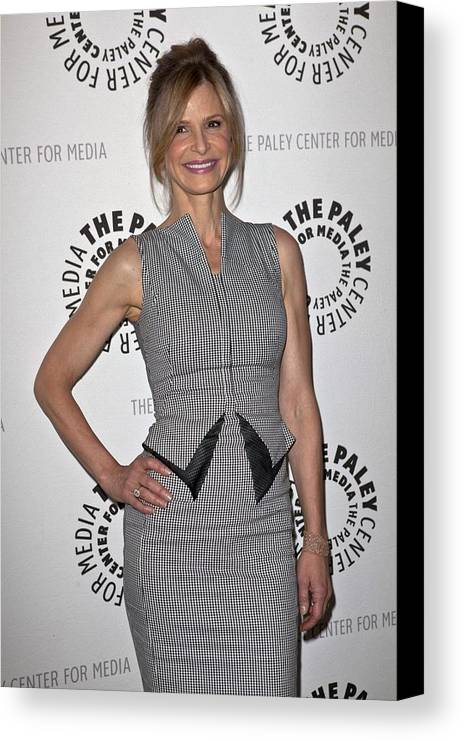 Kyra Sedgwick Canvas Print featuring the photograph Kyra Sedgwick Wearing An Antonio by Everett