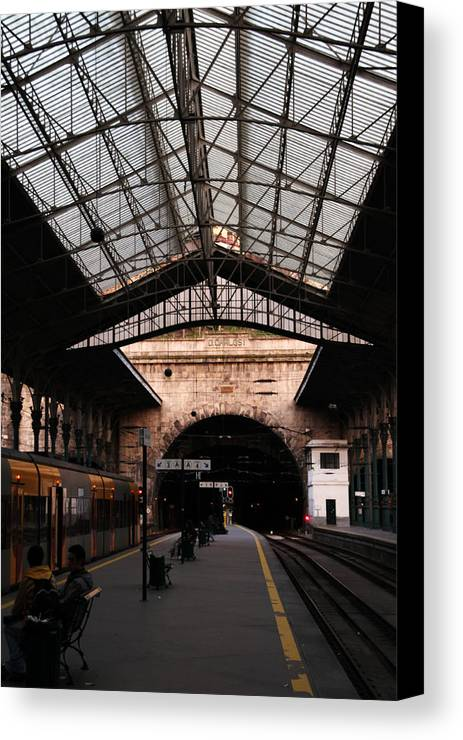 Station Canvas Print featuring the photograph S. Bento Trainstation by John Lemon