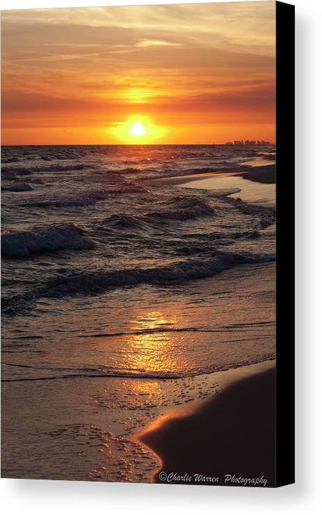 Sunset Canvas Print featuring the photograph Seaside Serenade I by Charles Warren