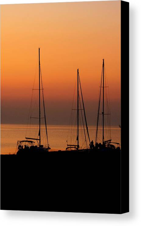 Sunset Canvas Print featuring the photograph Sunset Sail by Katy Sunstrom