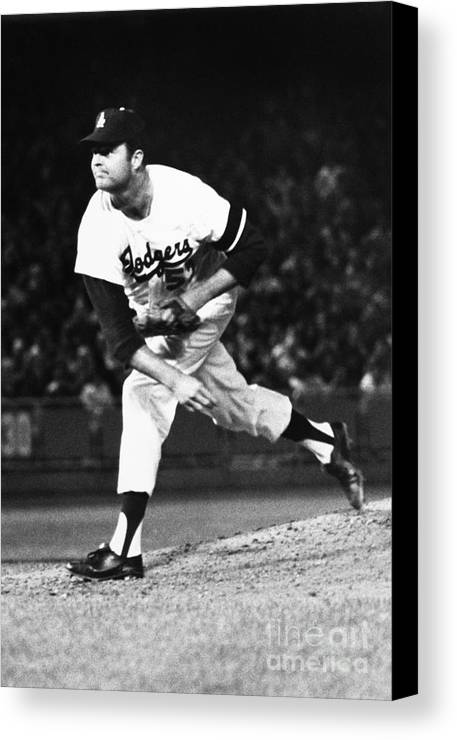 1968 Canvas Print featuring the photograph Don Drysdale (1936-1993) by Granger