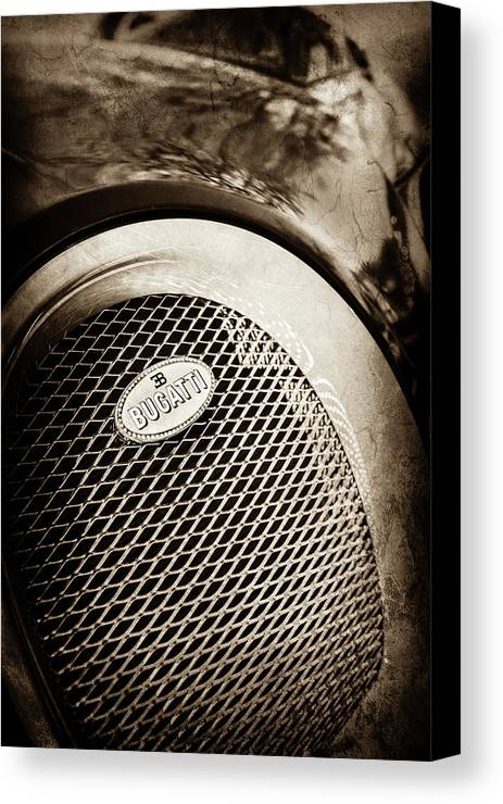 Bugatti Veyron Legend Grille Emblem Canvas Print featuring the photograph Bugatti Veyron Legend Grille Emblem -0514s by Jill Reger