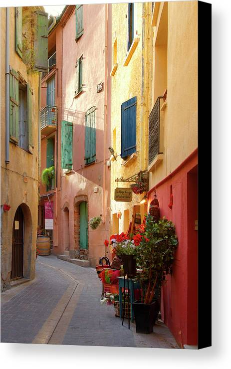 Collioure Canvas Print featuring the photograph Collioure Alley by Robert Stein