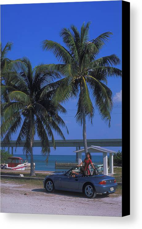 Convertible Canvas Print featuring the photograph Convertible On Pigeon Key In Florida by Carl Purcell