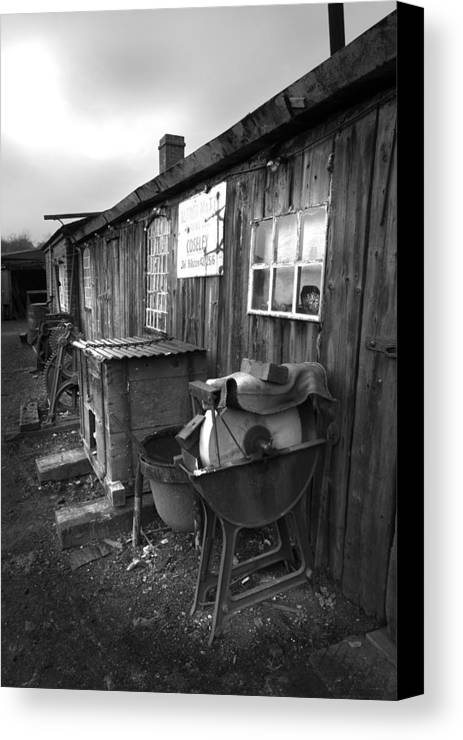 Shack Canvas Print featuring the photograph Cool Shack Too by Bob Kemp