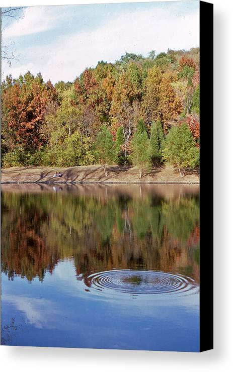 Metropolitan Park Canvas Print featuring the photograph Fall Reflections - 1 by Randy Muir