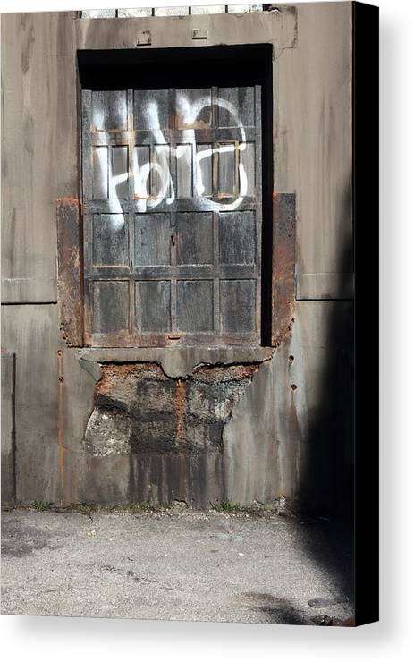 Metal Canvas Print featuring the photograph Home Door by Kreddible Trout