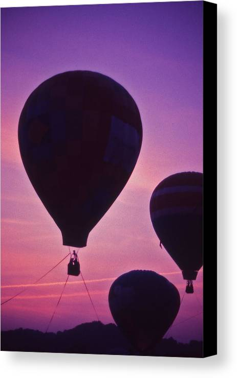 Hot Air Balloon Canvas Print featuring the photograph Hot Air Balloon - 8 by Randy Muir
