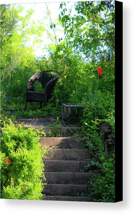 Garden Canvas Print featuring the photograph In The Garden by Teresa Mucha