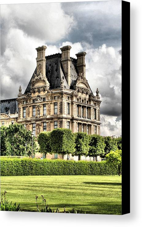 Paris Canvas Print featuring the photograph Le Musee Du Louvre by Greg Sharpe