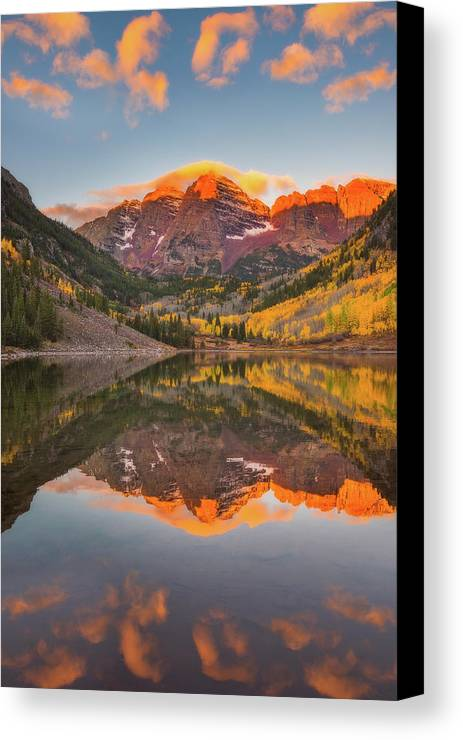 Fall Colors Canvas Print featuring the photograph Maroon Bells Magic by Darren White