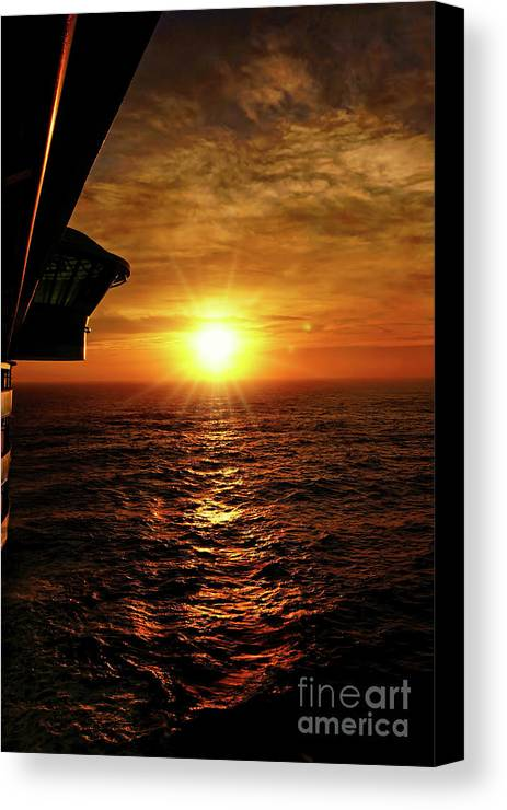 Sunset Canvas Print featuring the photograph Ocean Sunset by Sue Melvin