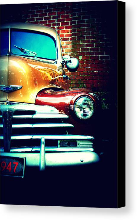 Cars Canvas Print featuring the photograph Old Savannah Police Car by Dana Oliver