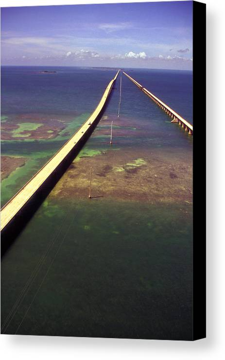 U.s. 1 Canvas Print featuring the photograph Overseas Highway by Carl Purcell