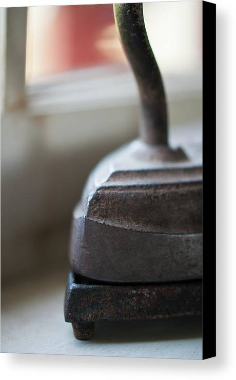 Vintage Canvas Print featuring the photograph Sad Iron by Wilma Birdwell