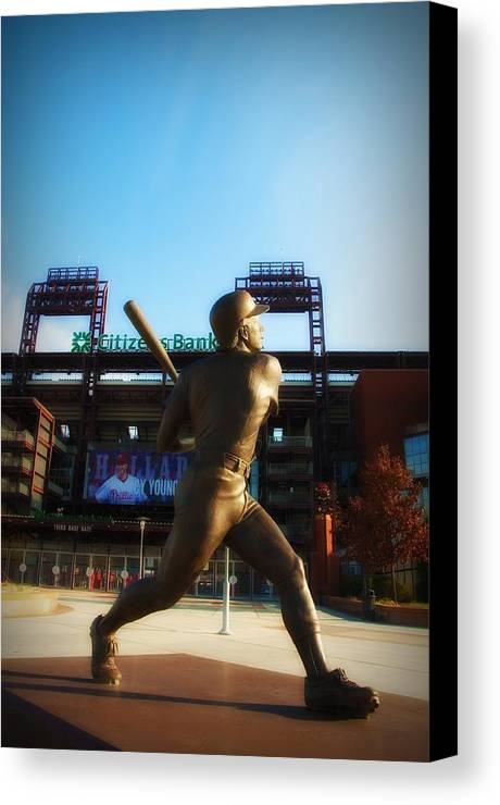 Mike Schmidt Canvas Print featuring the photograph The Phillies - Mike Schmidt by Bill Cannon