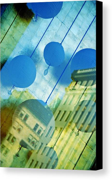 New York Canvas Print featuring the photograph Tiffanys by Skip Hunt