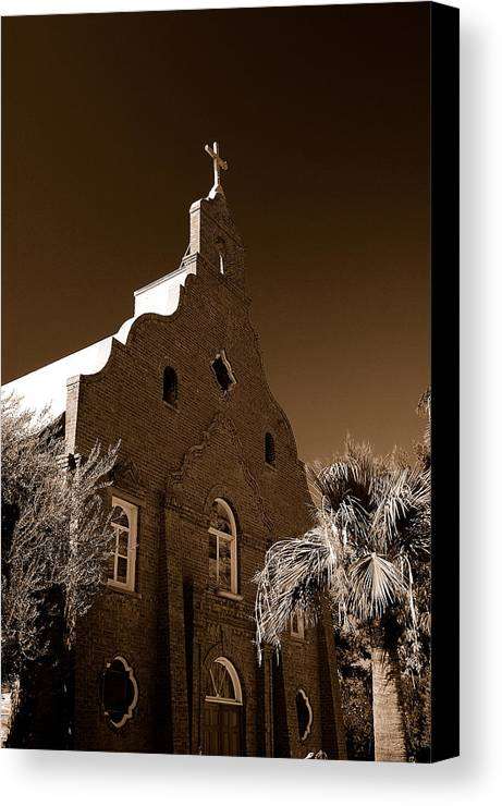 Arizona Photography Canvas Print featuring the photograph Upward by John Gee