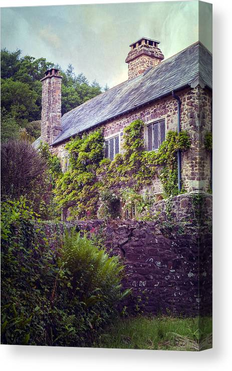 Cottage Canvas Print featuring the photograph English Cottage by Joana Kruse