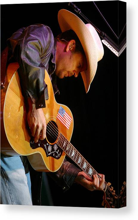Don Olea Canvas Print featuring the photograph Gary Allan by Don Olea