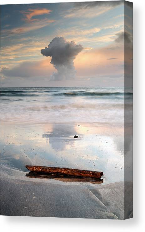 Sunset Canvas Print featuring the photograph Talisker Bay Sunset by Grant Glendinning