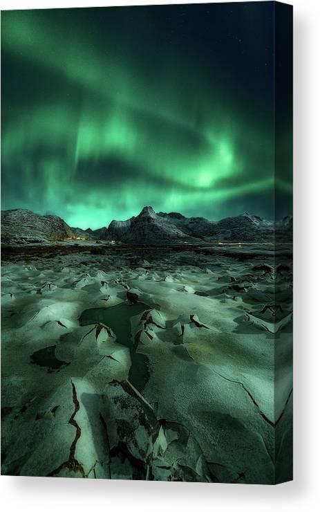 Landscape Canvas Print featuring the photograph Ice Cracking by Javier De La
