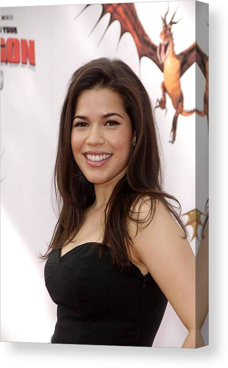 America Ferrera Canvas Print featuring the photograph America Ferrera At Arrivals For How To by Everett