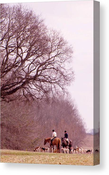 Fox Hunt Canvas Print featuring the photograph Full Cry Hunt Ll by Victoria Lawrence