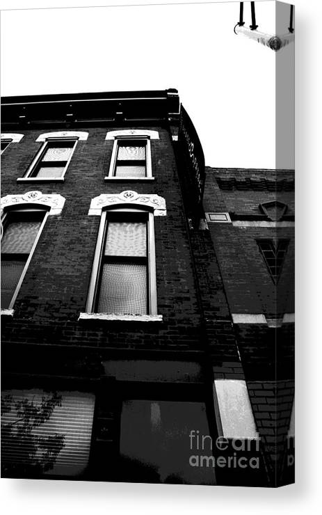 Canvas Print featuring the photograph Fonder Days by Jamie Lynn
