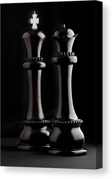 Queen Canvas Print featuring the photograph Chessmen I by Tom Mc Nemar