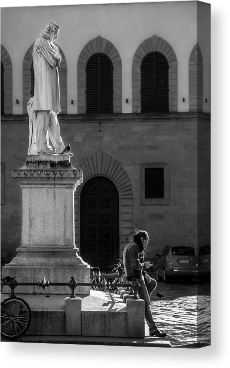 Cellphones Canvas Print featuring the photograph Cosimo Ridolfi by Sonny Marcyan