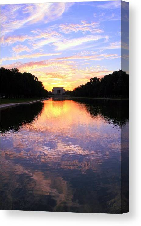 Washington D.c. Canvas Print featuring the photograph Dream by Mitch Cat