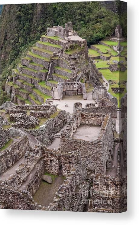 Intihuatana Pyramid Canvas Print featuring the photograph Intihuatana Pyramid by Bob Phillips