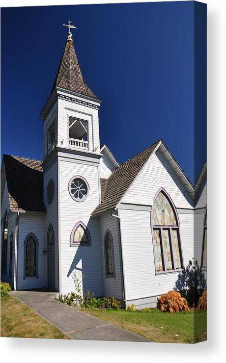 Architecture Canvas Print featuring the photograph Old Methodist Church by C Thomas Cooney