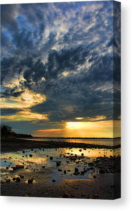 Sunset Canvas Print featuring the photograph Reflecting Gold 2 by Carolyn Fletcher