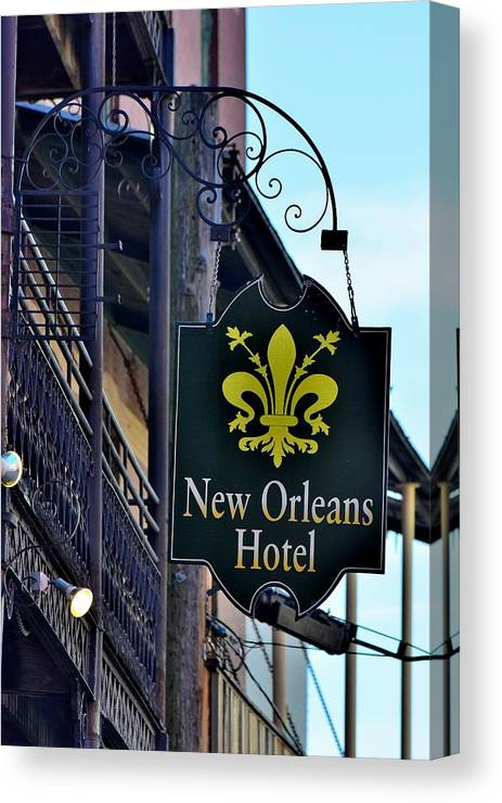 Old Buildings Canvas Print featuring the photograph Todays Art 1316 by Lawrence Hess