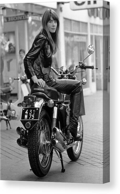 Singer Canvas Print featuring the photograph Francoise Hardy by Reg Lancaster