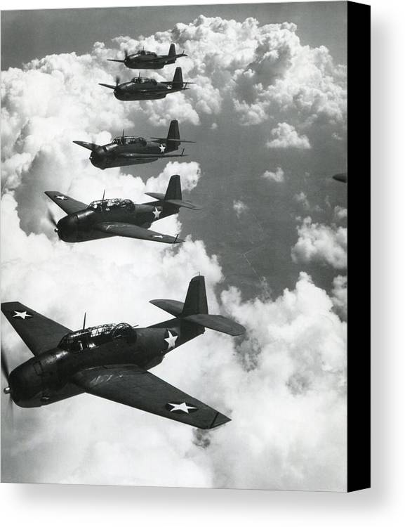 History Canvas Print featuring the photograph Tbf Torpedo Fighter Bombers Avengers by Everett
