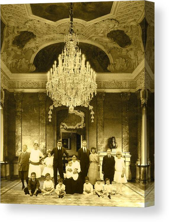 Interior Scene Canvas Print featuring the photograph The Last Visit by Roslyn Rose