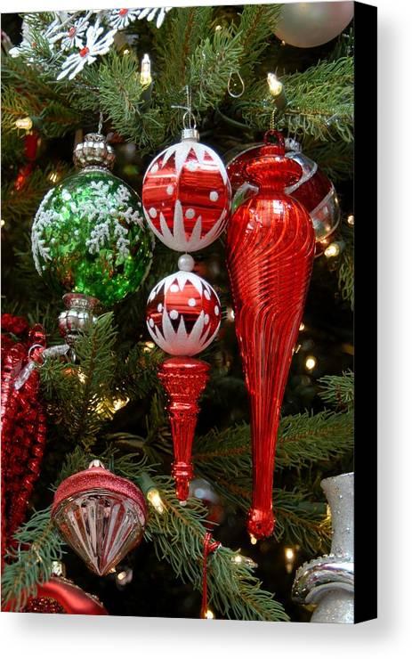 Santa Christmas Ornament Ornament Canvas Print featuring the photograph Ornament 151 by Joyce StJames