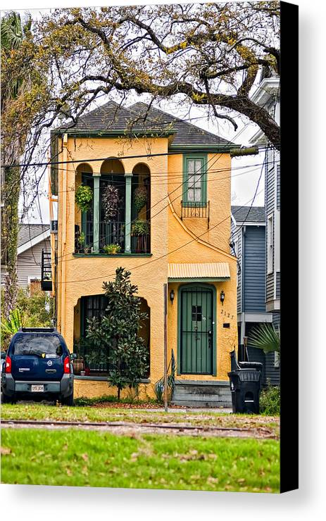 Home Canvas Print featuring the photograph A Touch Of Class by Steve Harrington