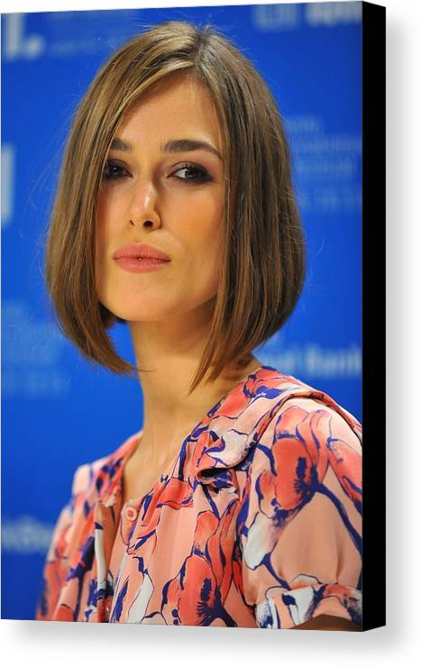 Keira Knightley Canvas Print featuring the photograph Keira Knightley At The Press Conference by Everett