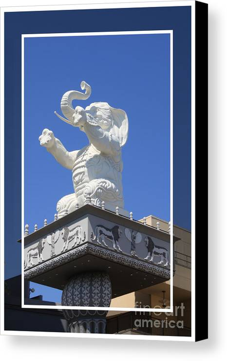 Kodak Theater Canvas Print featuring the photograph Kodak Theater by Tommy Anderson