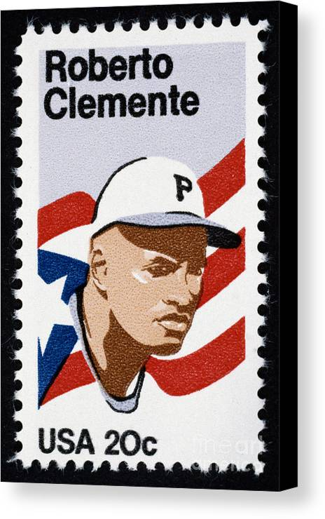 1984 Canvas Print featuring the photograph Roberto Clemente by Granger