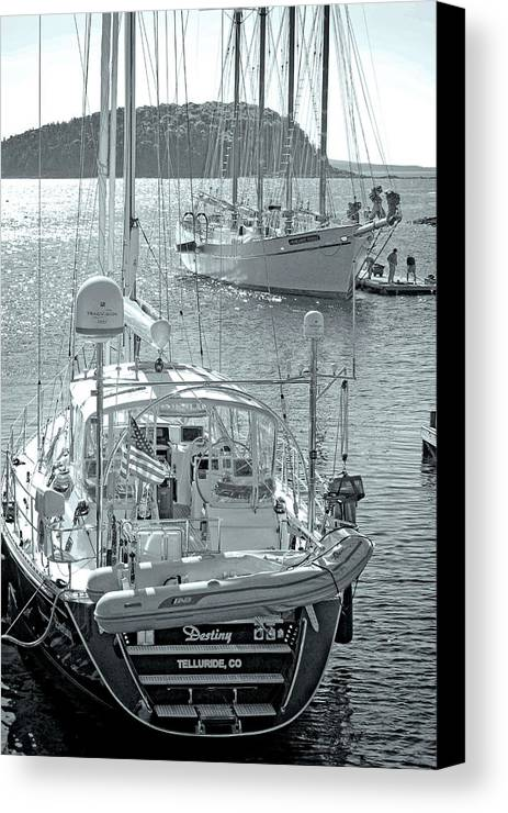 Canvas Print featuring the photograph Bar Harbor by Charles Willis