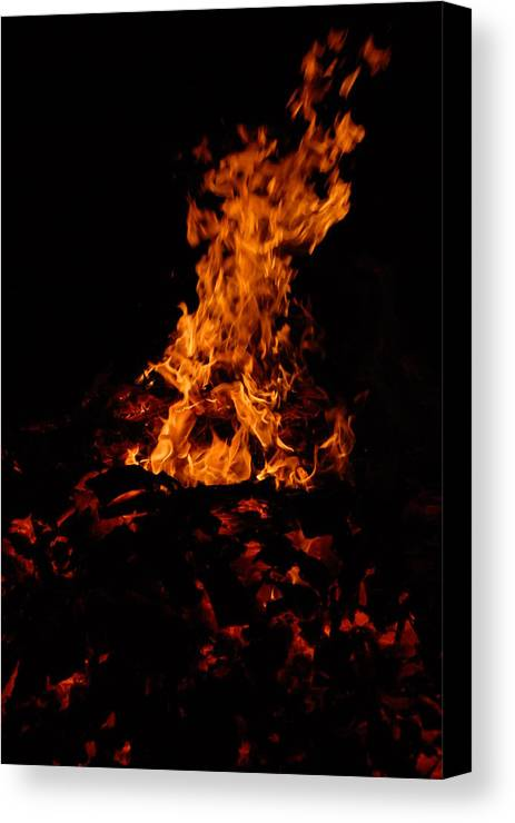 Fire Canvas Print featuring the photograph Dancing Fire by Steven Crown