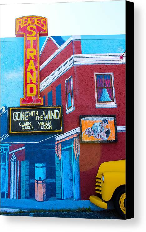 Street Art Canvas Print featuring the photograph Gone With The Wind At The Strand by Colleen Kammerer